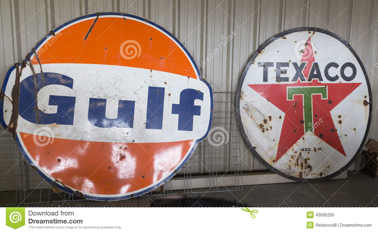 Vintage Gulf And Texaco Oil Signs Editorial Image - Image of pick