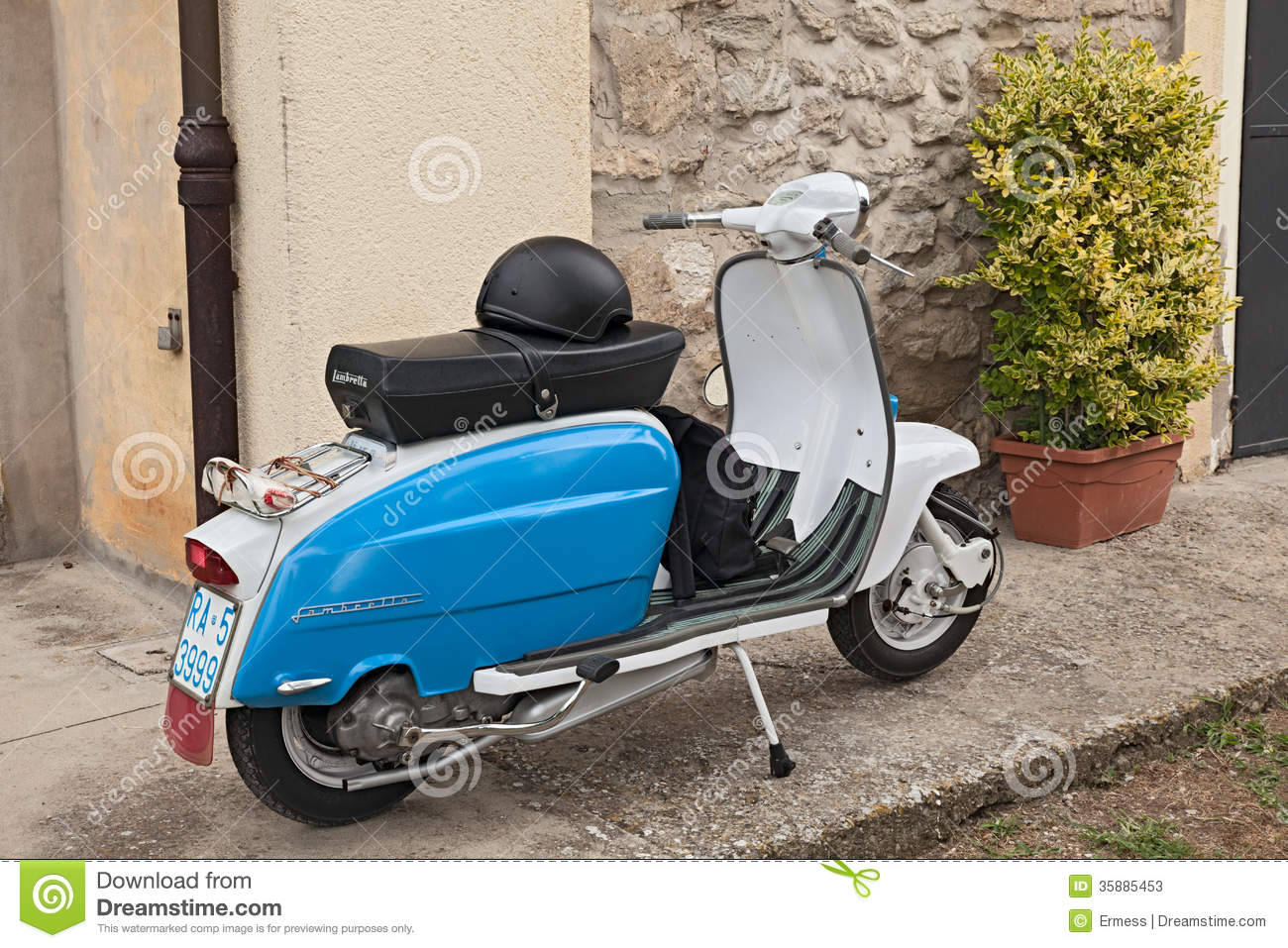 Vintage Italian Scooter Lambretta Editorial Stock Photo ... Lambretta Scooter Vintage