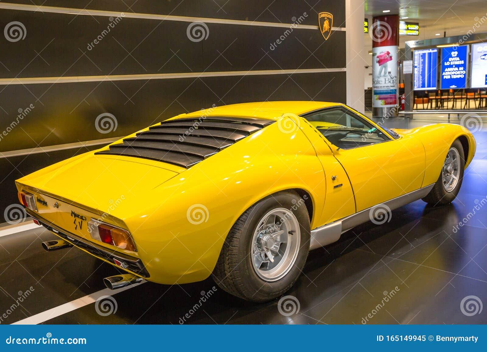 Vintage Lamborghini Miura Car Editorial Image Image Of Automotive Motor 165149945