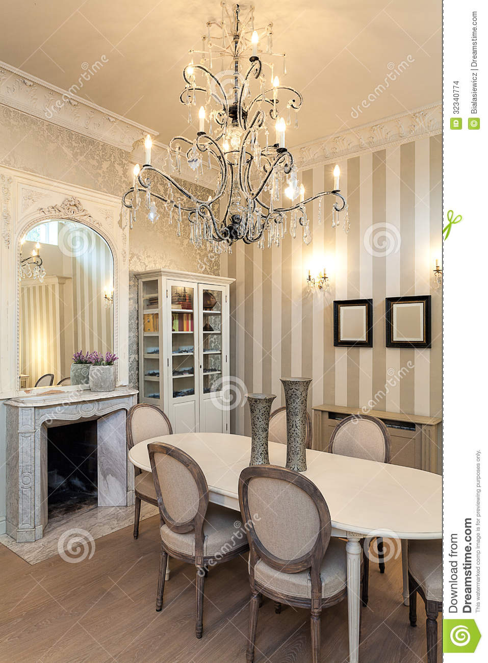 vintage mansion luxurious interior stock photo image of home floor 32340774. Black Bedroom Furniture Sets. Home Design Ideas