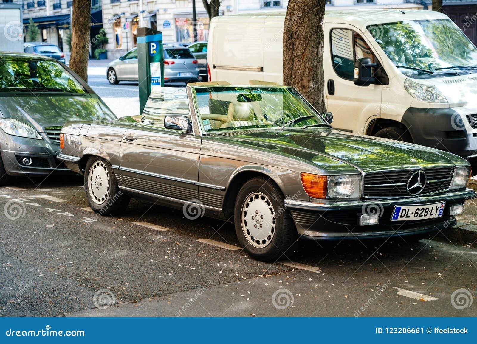 Vintage Mercedes Benz Sl Convertible Car Parked Paris Editorial Photo Image Of Luxurious Blur 123206661