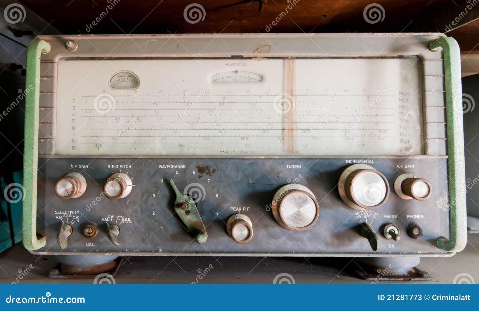Vintage Military Radios 8