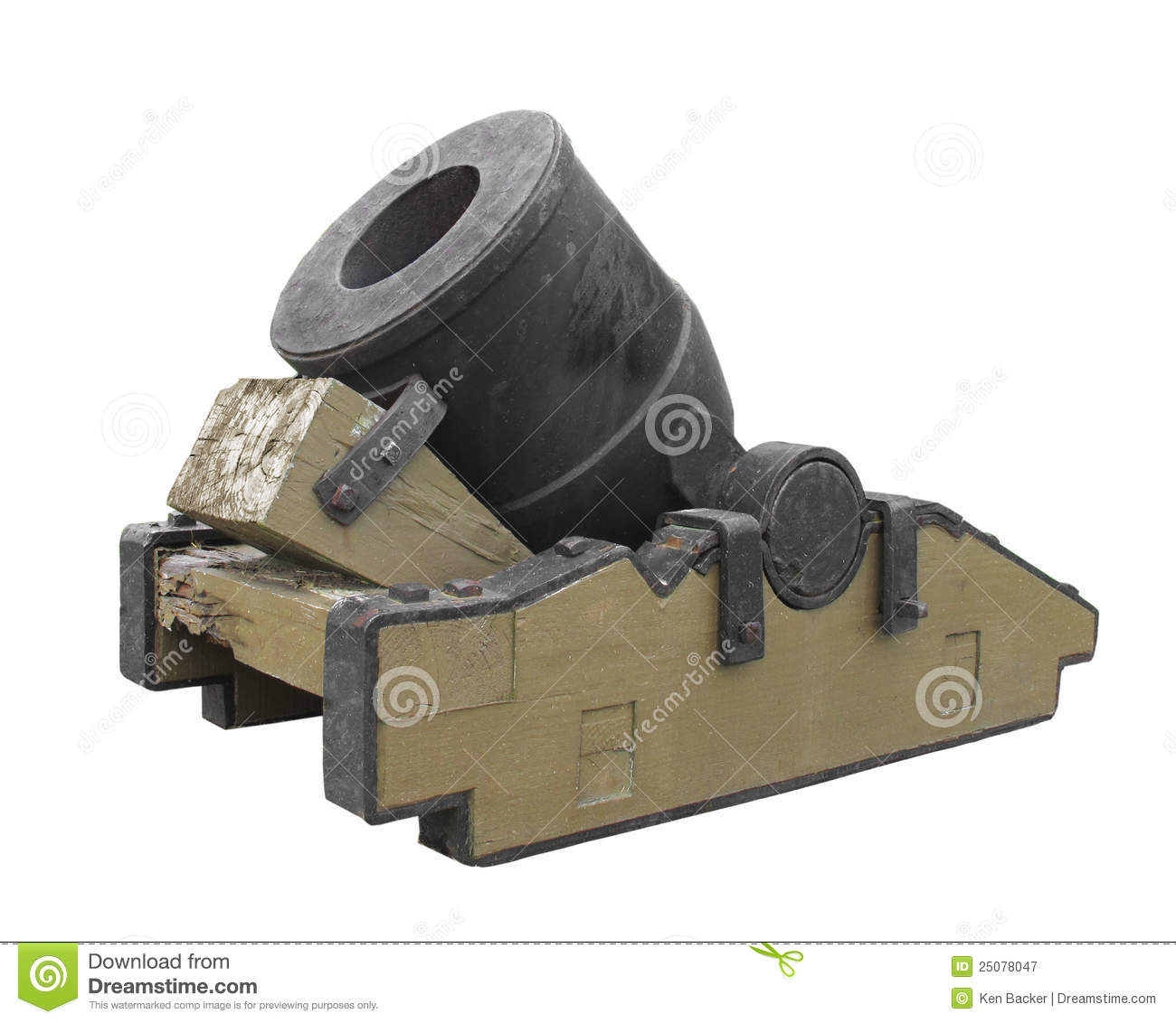 vintage-mortar-cannon-isolated-25078047.