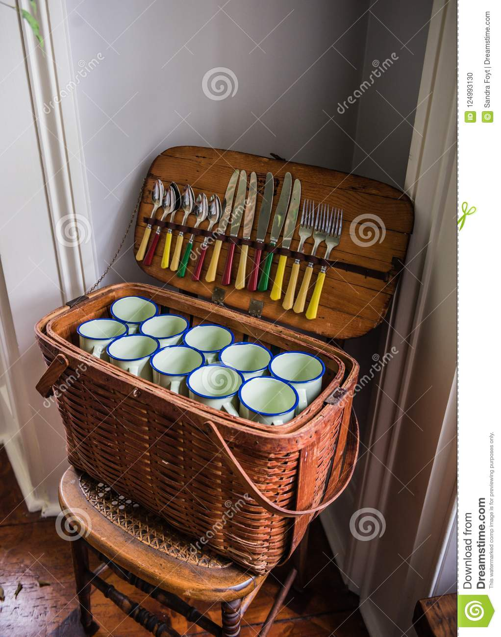 Vintage Picnic Basket On Wicker Chair Stock Photo Image Of Travel Mugs 124993130