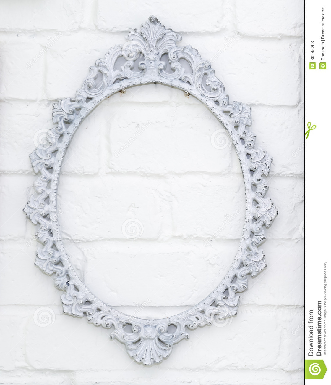 vintage picture frame on white brick wall - White Vintage Picture Frames