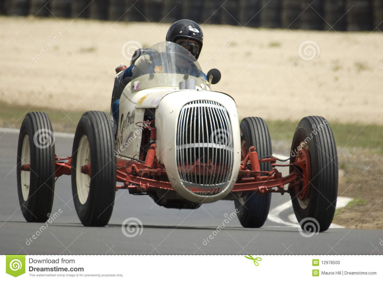 Vintage Racing Car editorial image. Image of race, track - 12978500