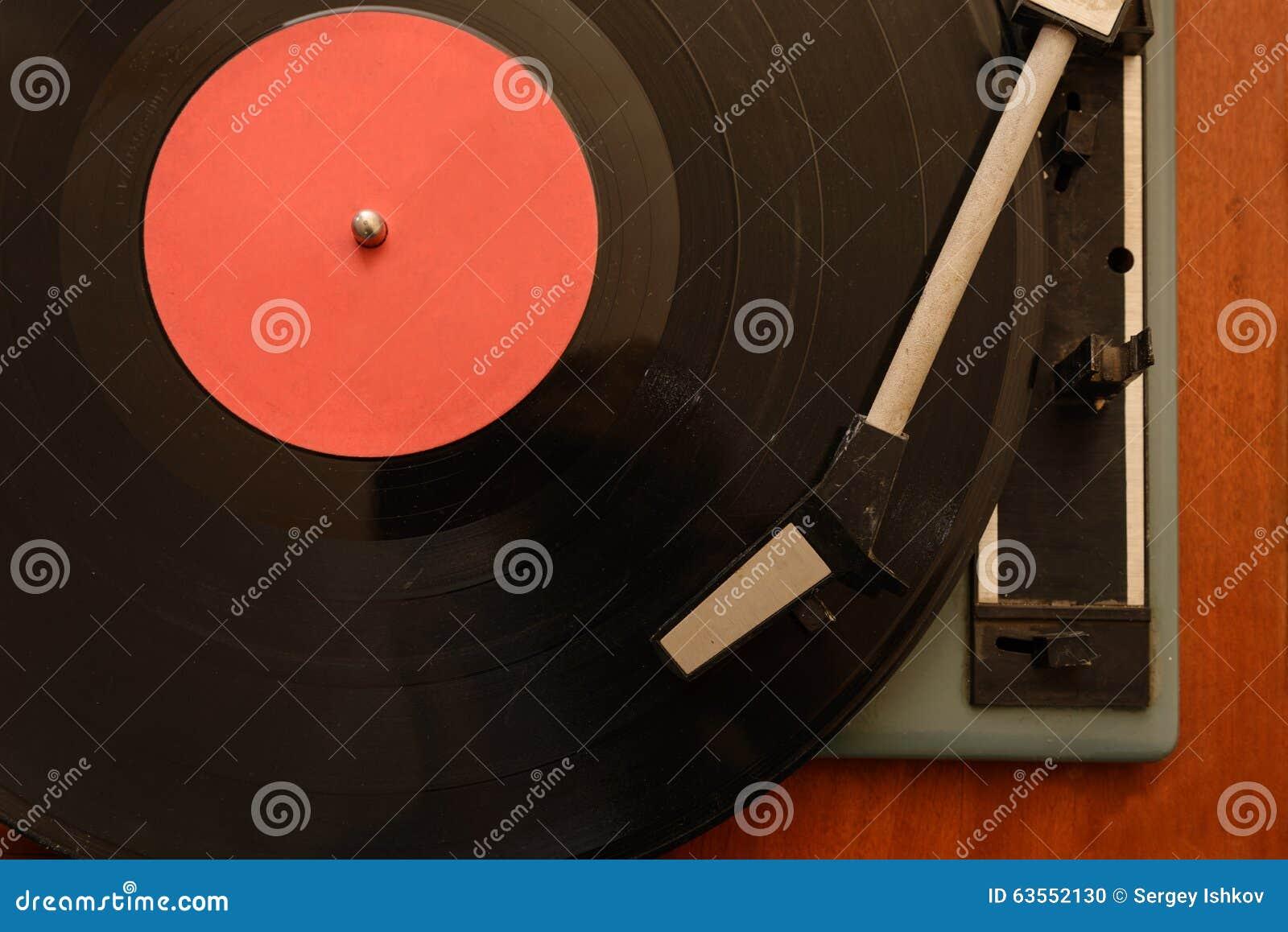 Vintage retro análogo estereofônico do jogador de registro do vinil da plataforma giratória