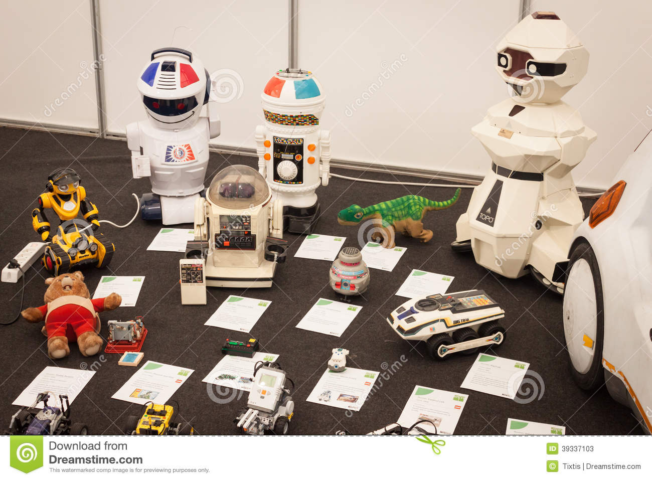 Vintage Robotic Toys At Robot And Makers Show Editorial Stock Photo