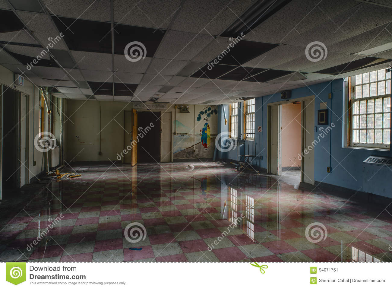 Vintage Room with Flood Water and Reflection - Abandoned Hospital / Sanitarium - New York