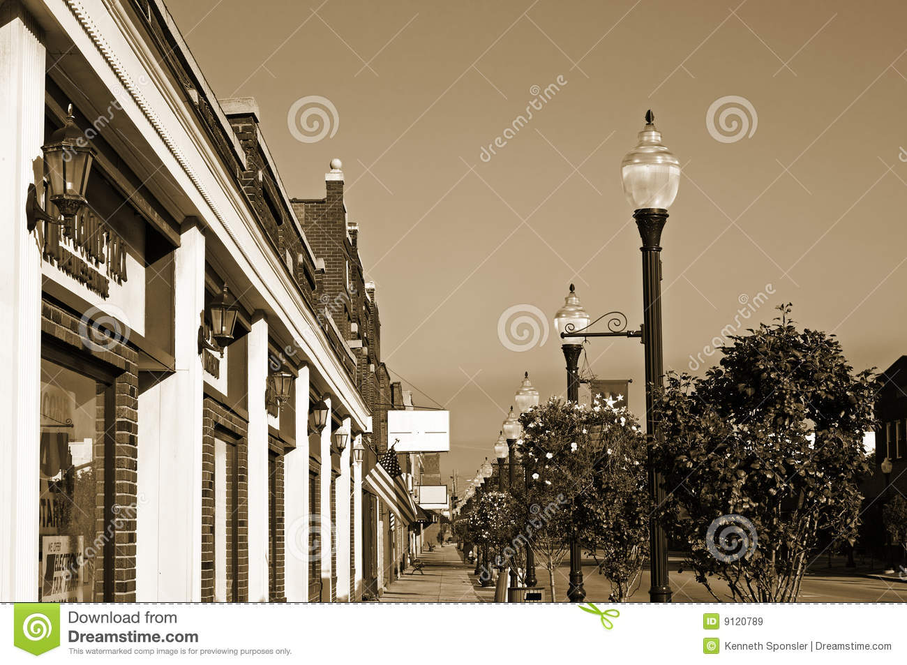 Vintage Small Town Sidewalk Royalty Free Stock Images