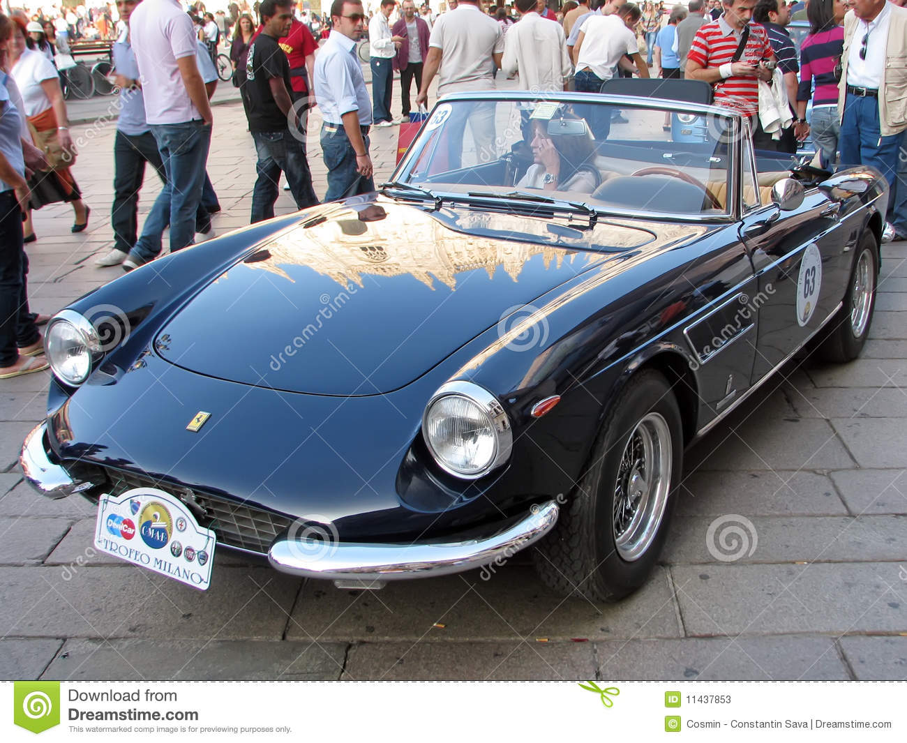 Vintage sport coupe car at Trofeo Milano vintage cars gathering, 03