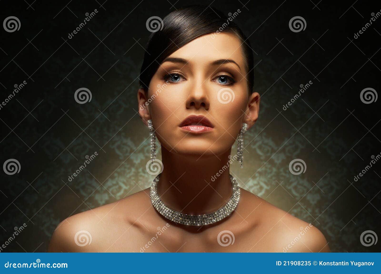 Роскошные женщины бесплатно 2 фотография