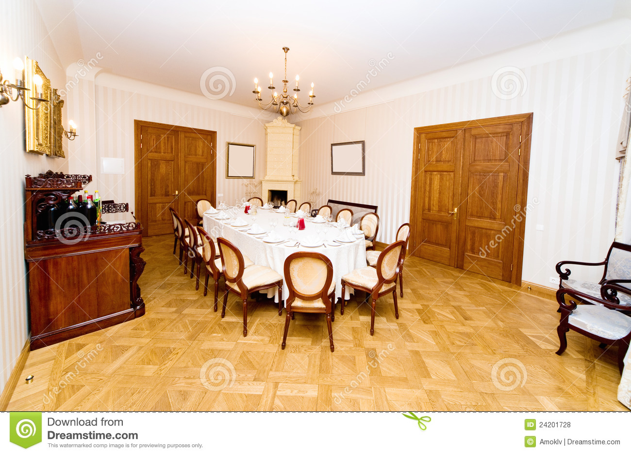 Vintage style dining room royalty free stock photos for Vintage style dining room ideas