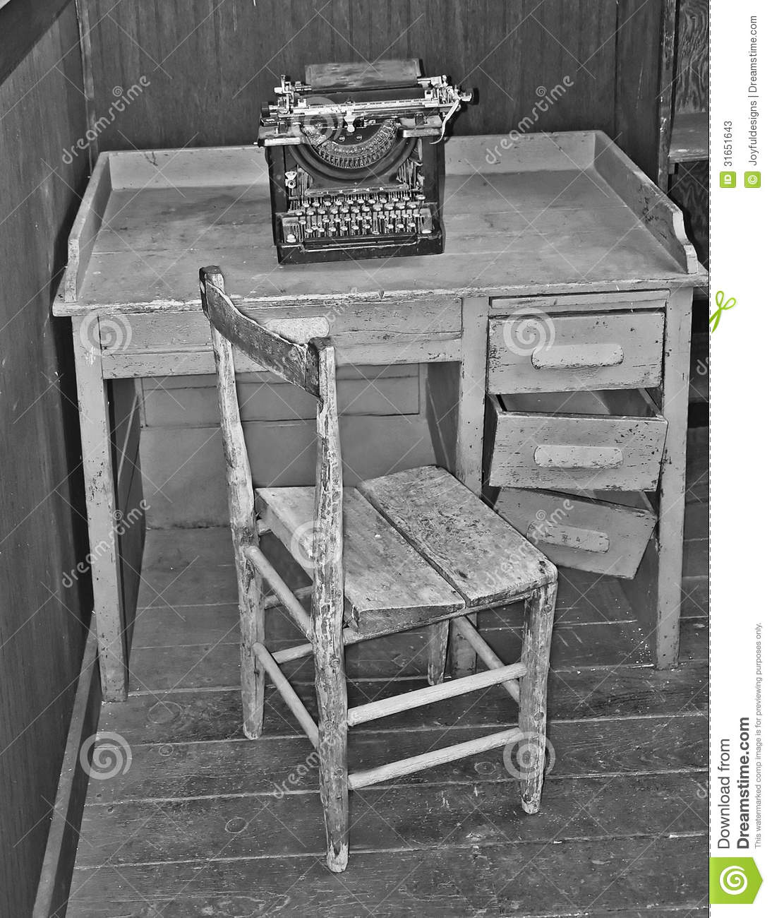 Vintage Table Chair And Typewriter Stock Photos