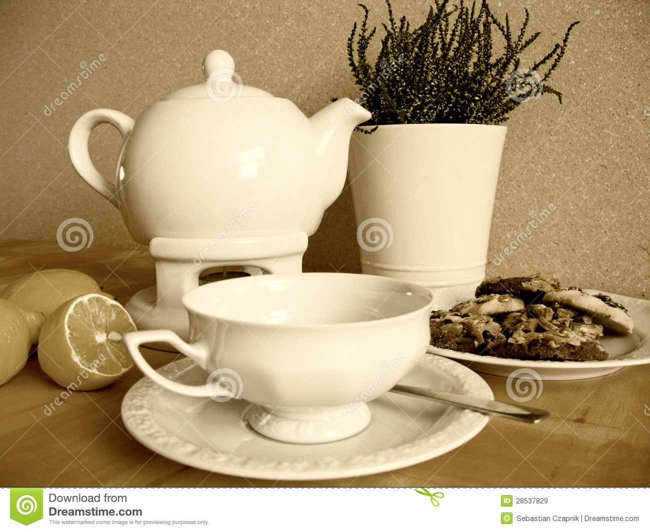 Vintage Tea Set Royalty Free Stock Images Image 28537829