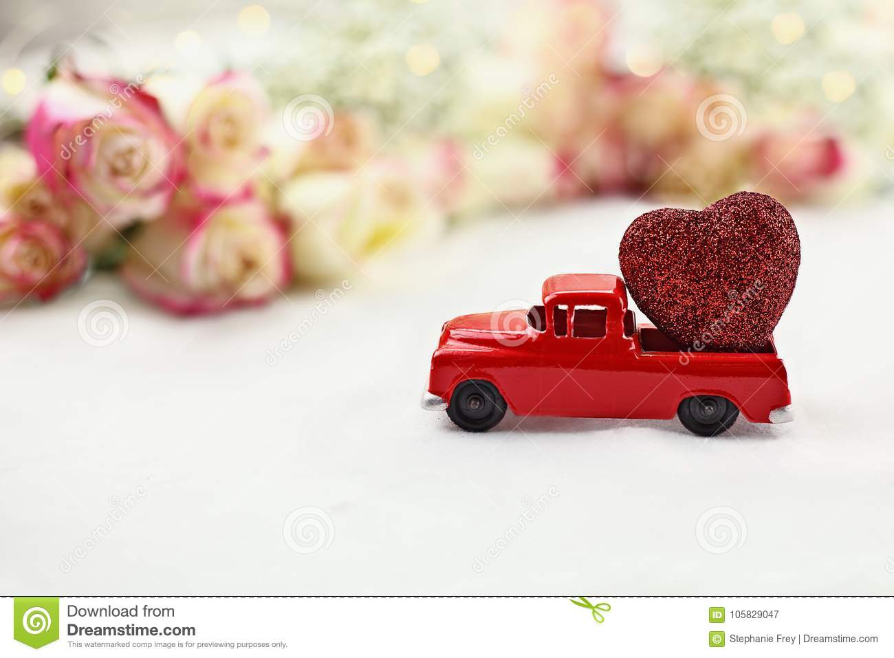 Vintage Toy Truck And Valentine S Day Heart Stock Image Image Of Christmas 1950 105829047