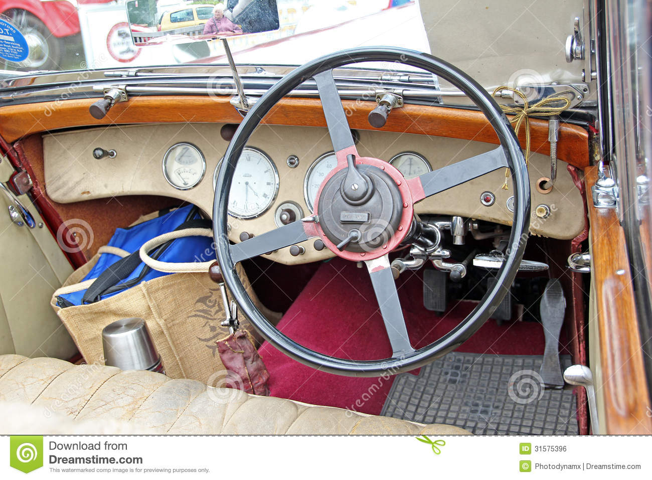 vintage triumph dolomite interior car editorial photo image of wooden wheel 31575396. Black Bedroom Furniture Sets. Home Design Ideas
