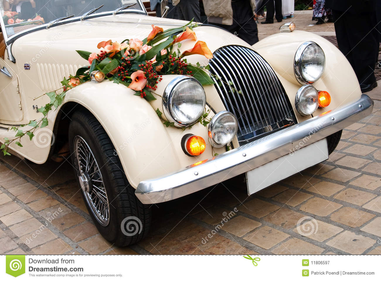 Vintage Wedding Car Decorated With Flowers Stock Image Image