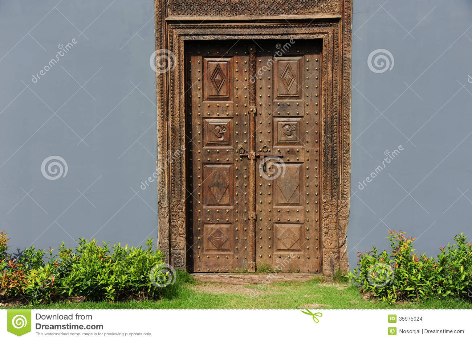 Vintage wood doors sexy amateurs pics for Reuse old wooden doors