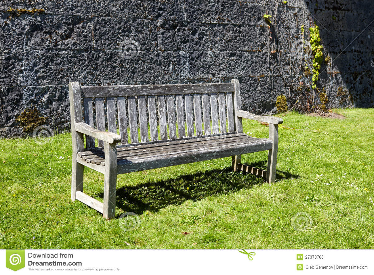 Vintage Wooden Garden Bench Royalty Free Stock Image - Image: 27373766