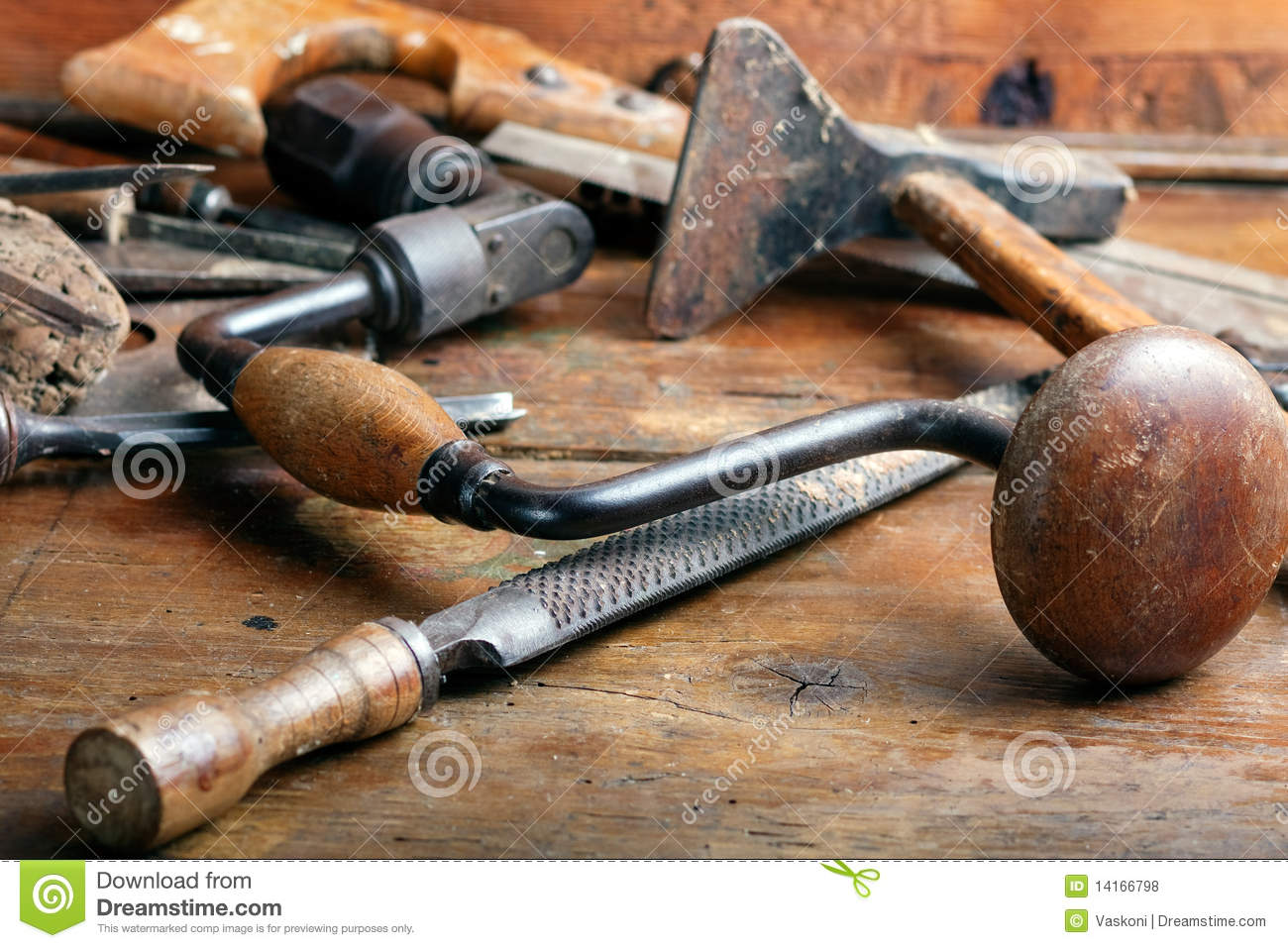 Vintage woodworking tools royalty free stock photos for Travail du bois flotte