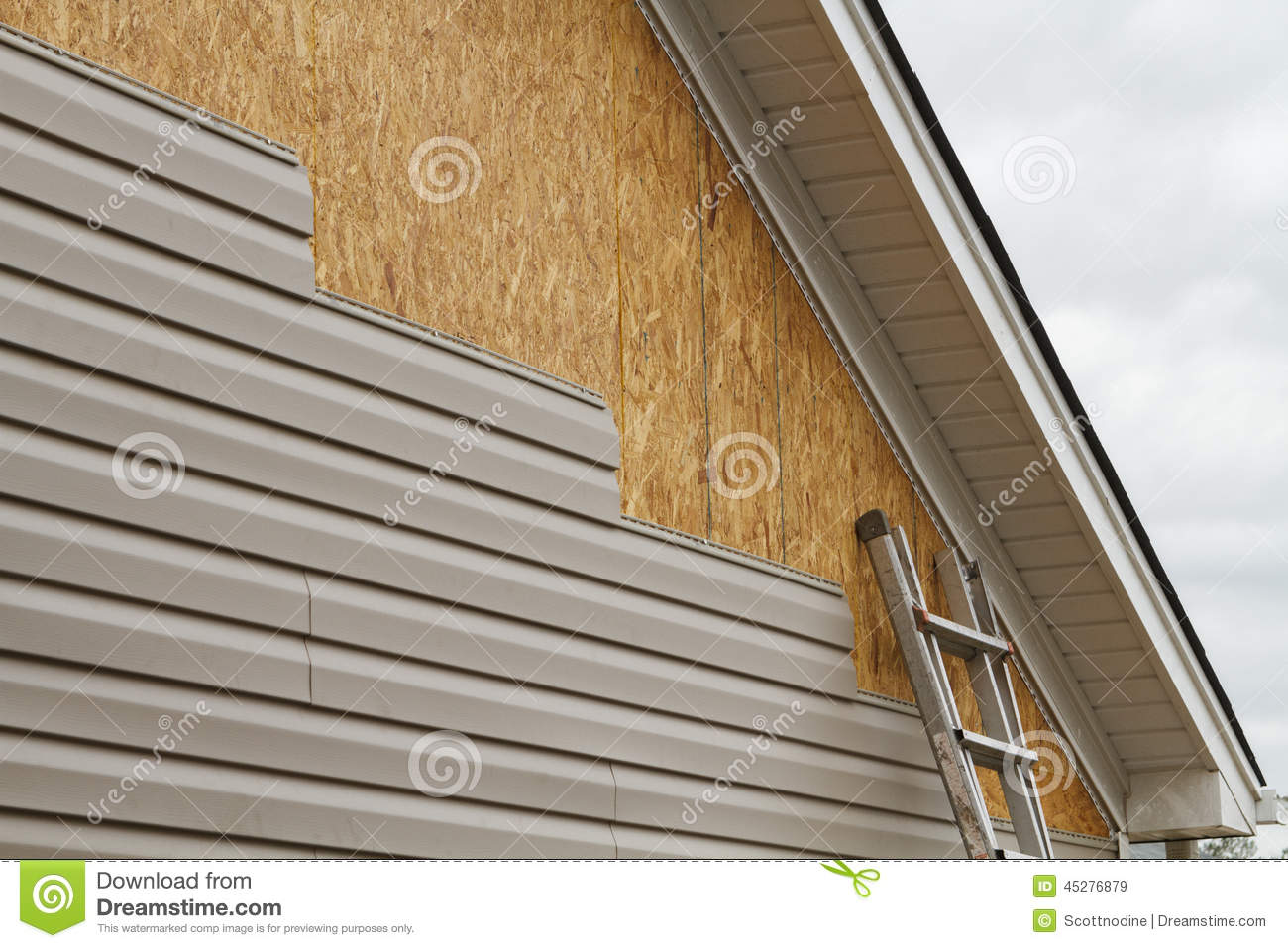 Vinyl Siding Installation On A House In The South Stock Photo Image 45276879