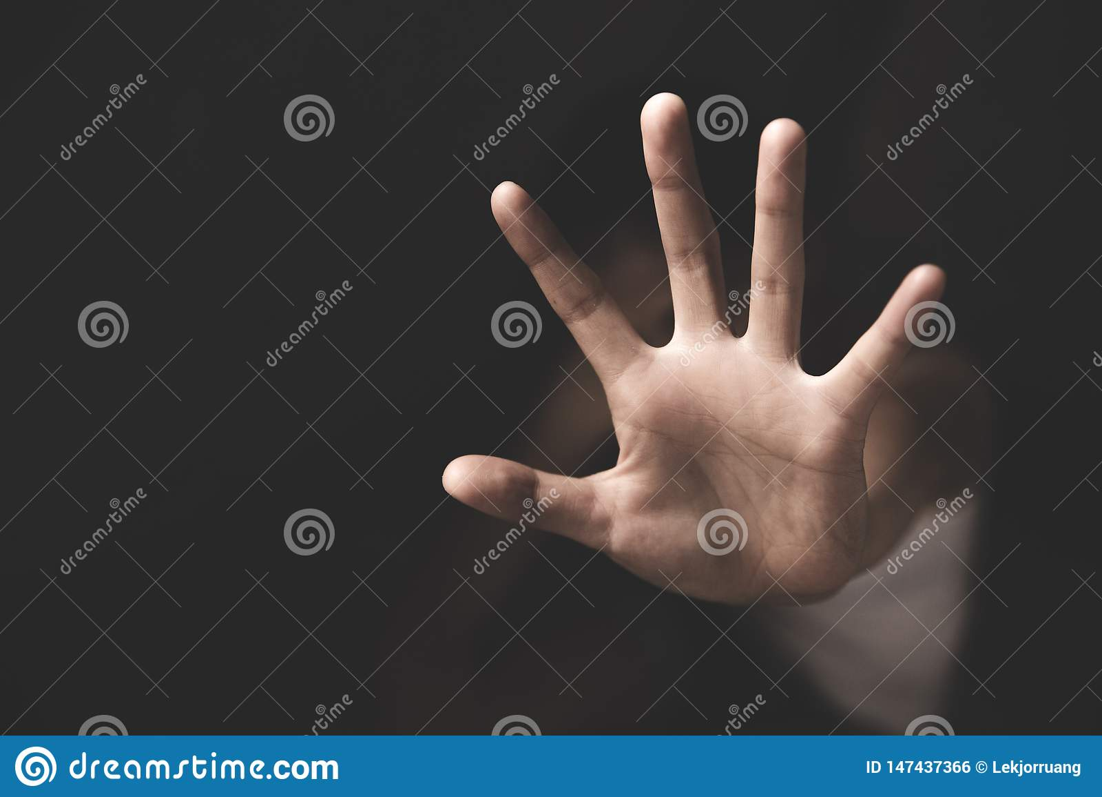 Violenza delle donne e concetto abusato Violenza contro le donne, traffico umano di arresto Il concetto di molestia sessuale cont