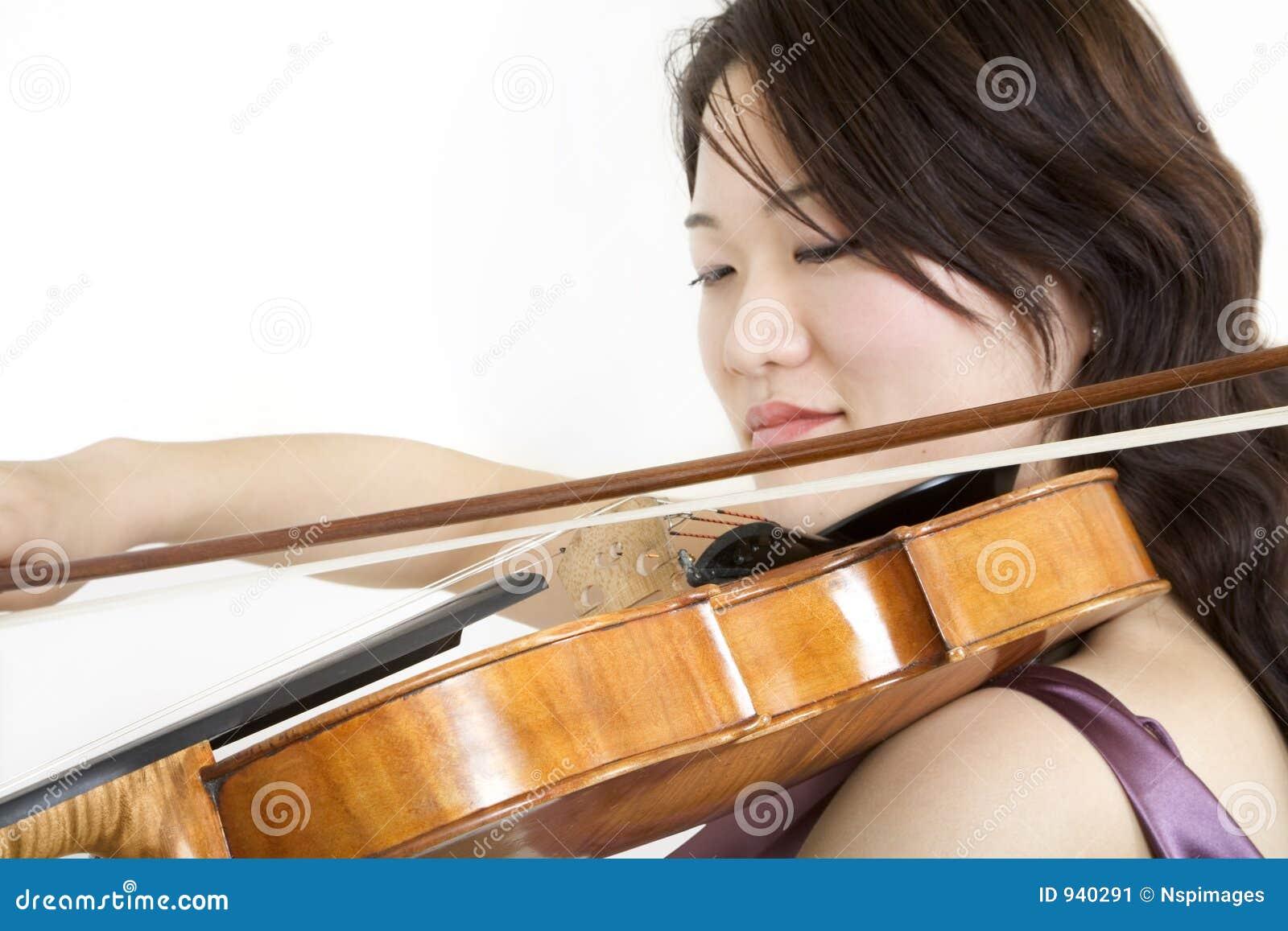 Violinist 5