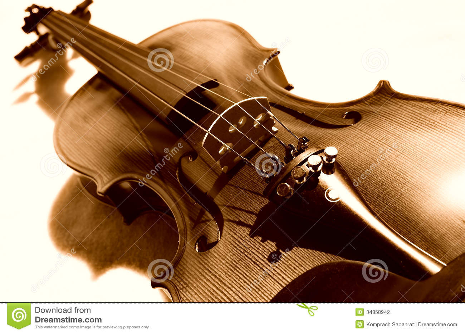 Violino no sepia.