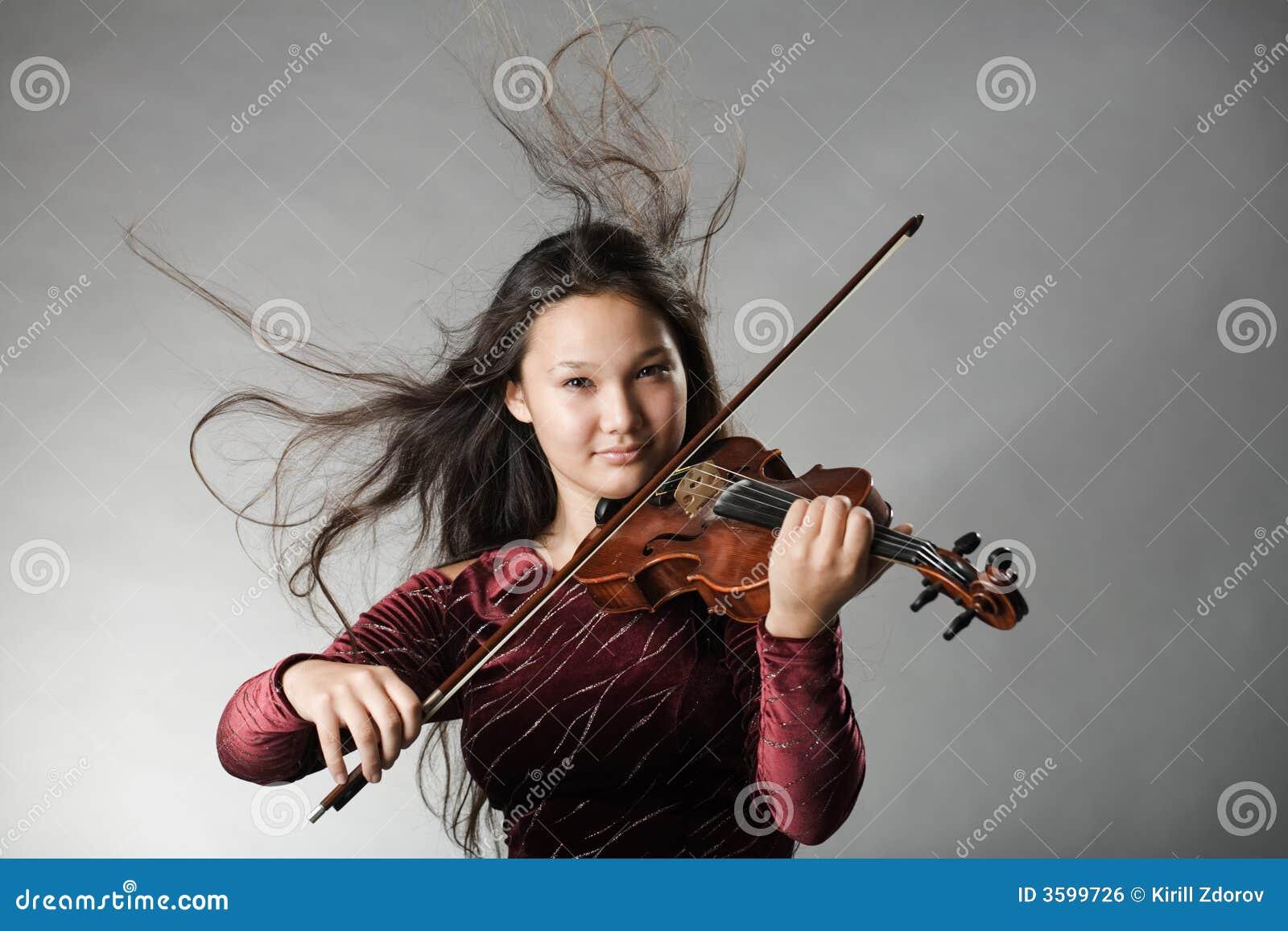 Violon plaing de fille