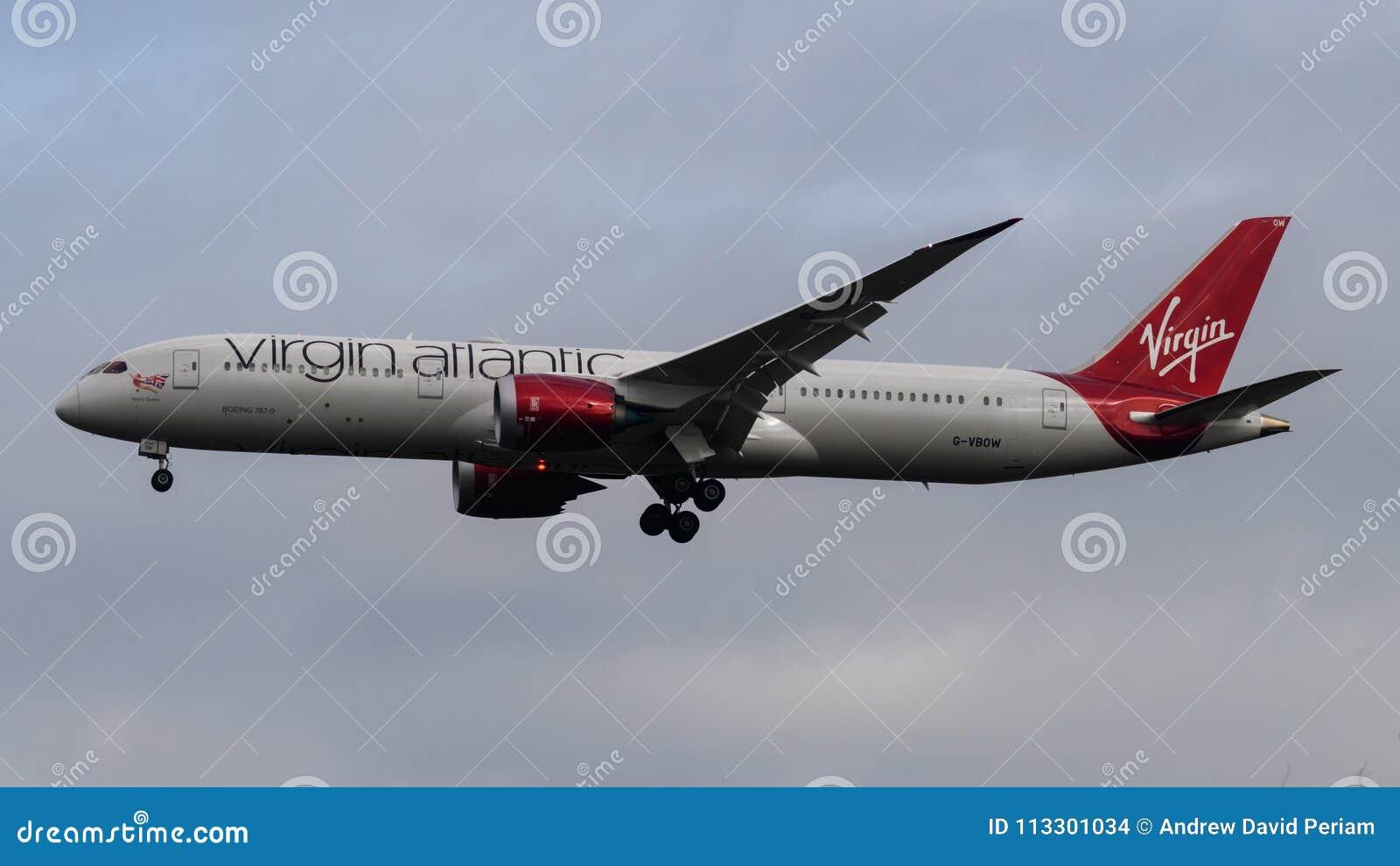 Virgin Atlantic Airlines Boeing 787 Dreamliner Arriving At