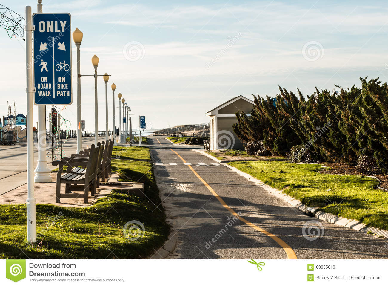 Virginia Beach Boardwalk With Bike Path And Benches Stock