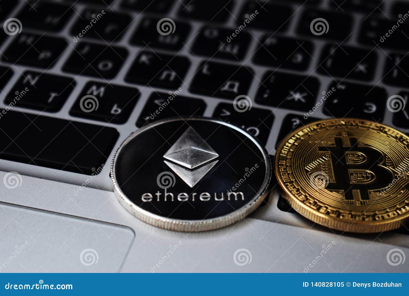 bitcoin uae kereskedelem bitcoin darab