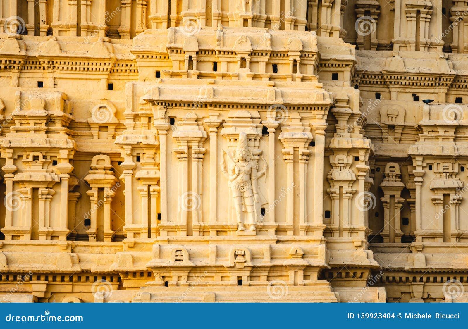 Virupaksha świątynia w hampi karnakata ind szczególe rzeźba