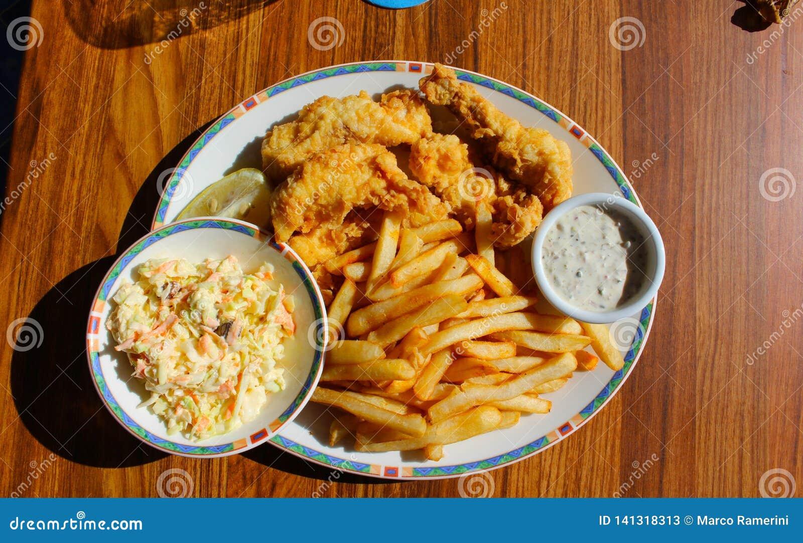 Vis met patat, Long Island, de Bahamas
