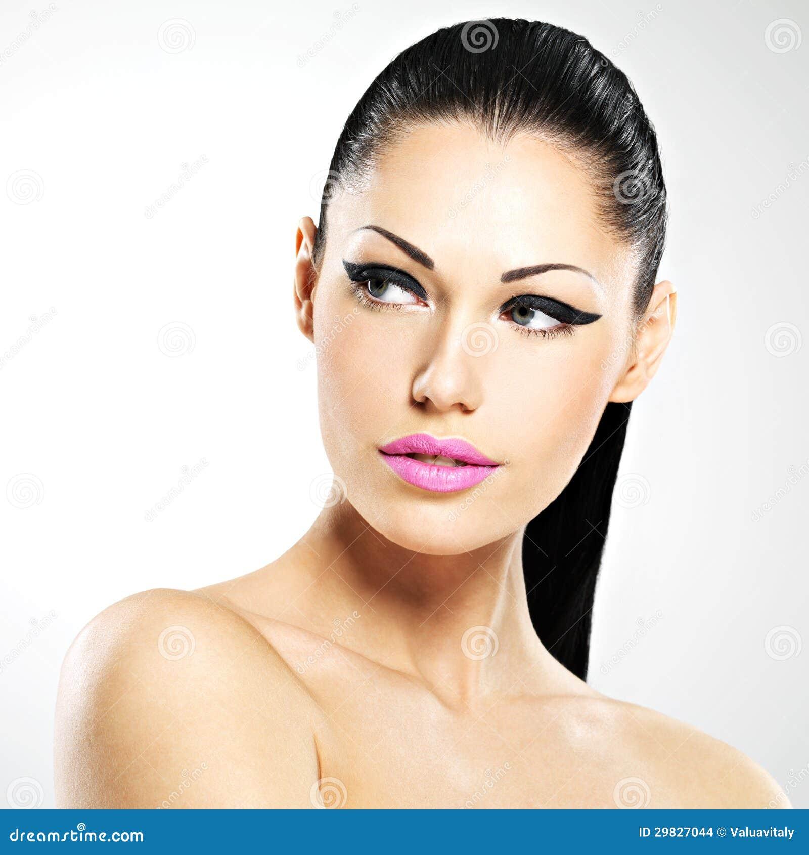 visage de la belle femme avec le maquillage de mode images. Black Bedroom Furniture Sets. Home Design Ideas