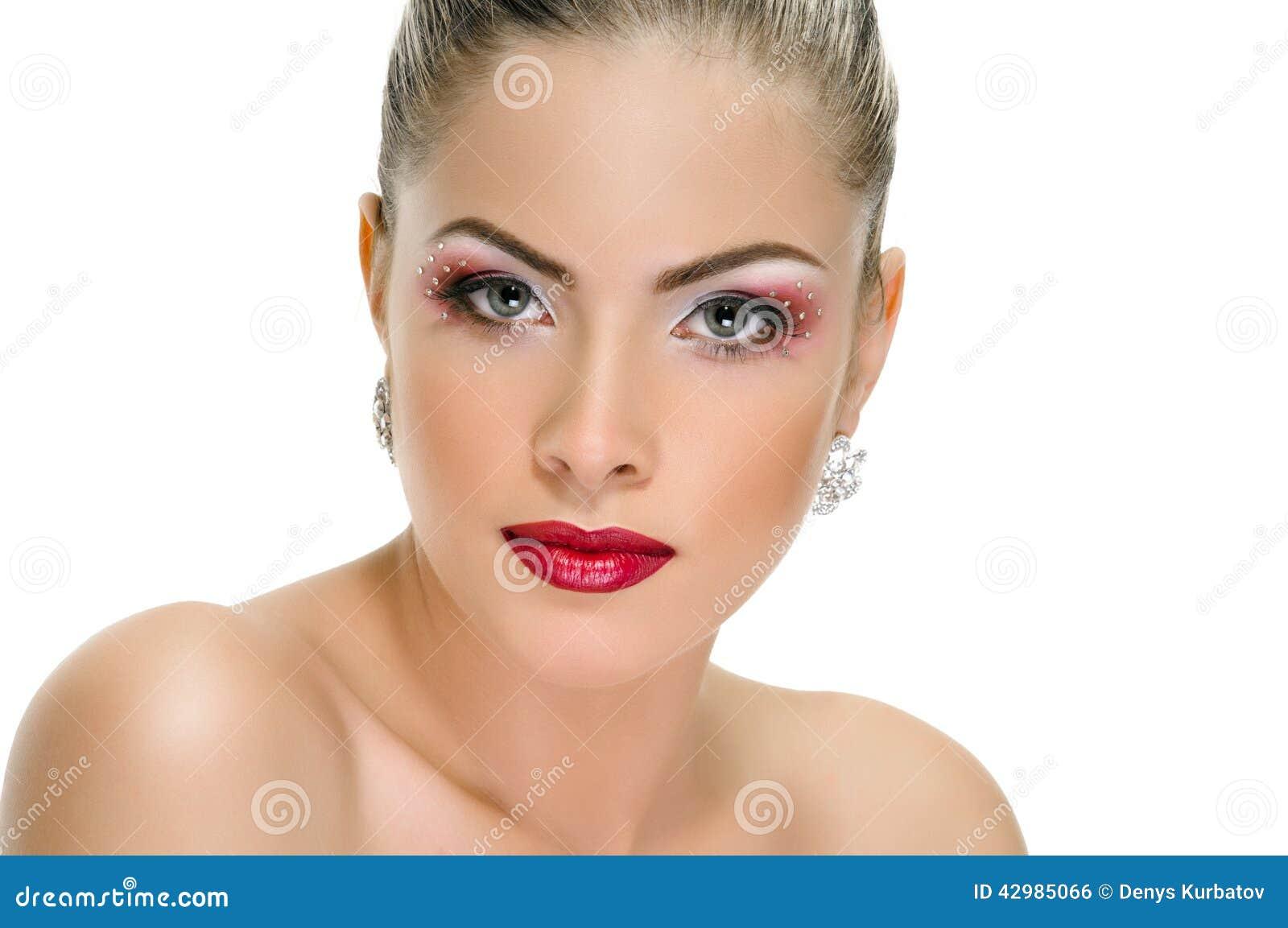 Visage mod le maquillage de l vres boucle d 39 oreille photo stock image 42985066 - Maquillage araignee visage ...