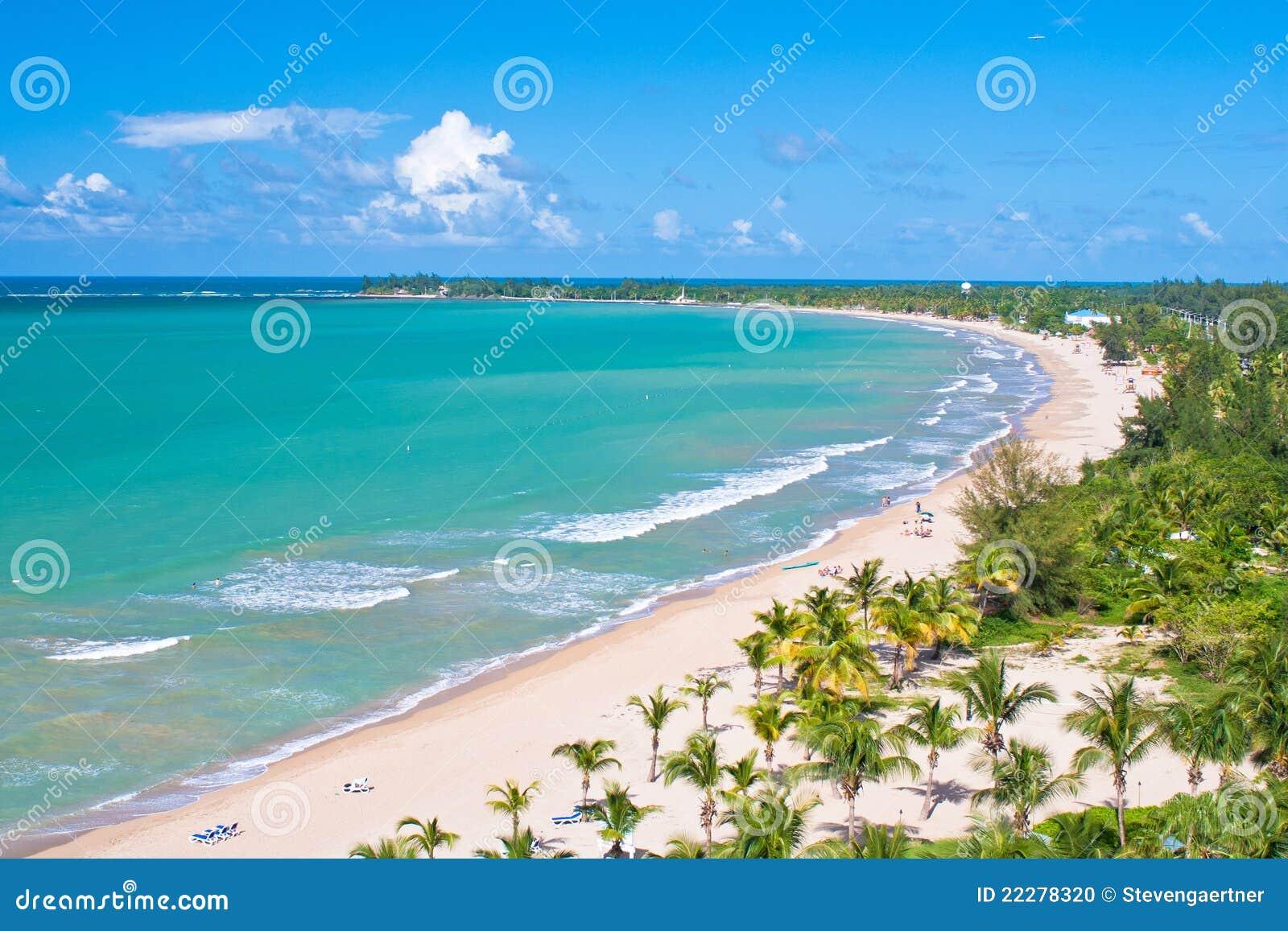 Visión aérea, playa de Puerto Rico