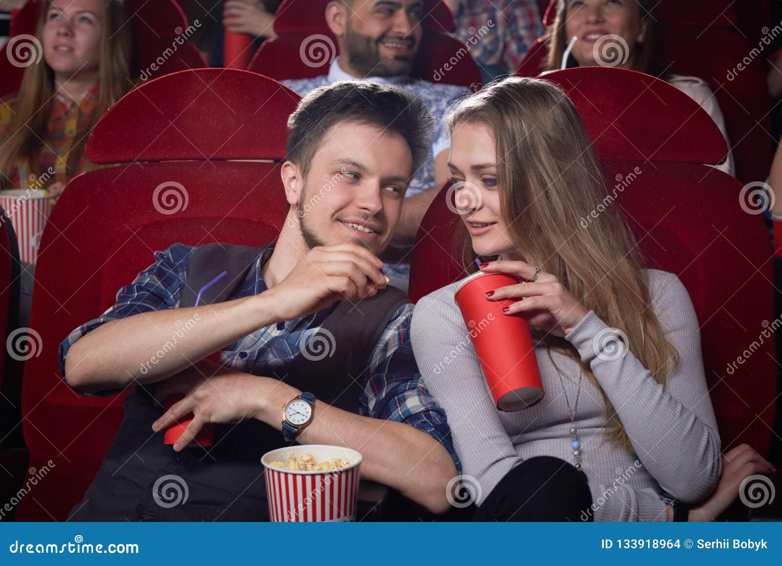 Visión desde el lado de pares lindos en el cine