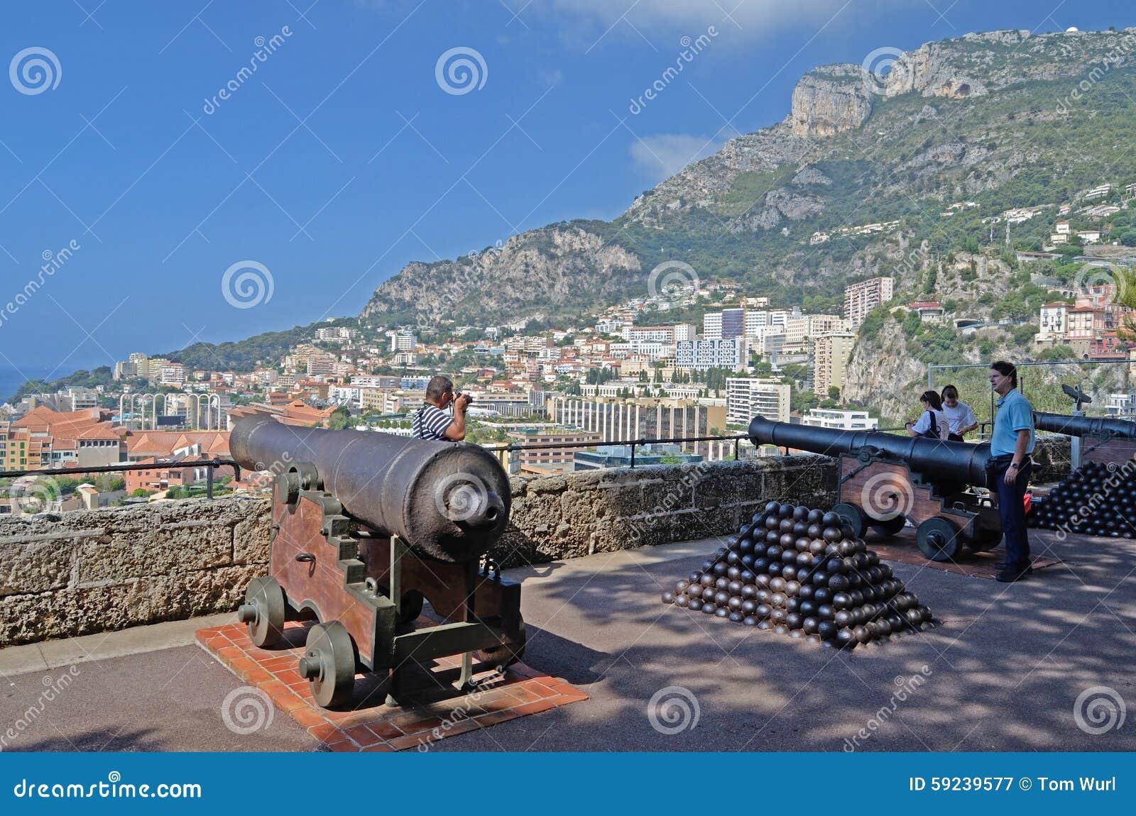 Download Visión Desde El Palacio Con Los Cañones, Mónaco, Tom Wurl Fotografía editorial - Imagen de estado, casino: 59239577