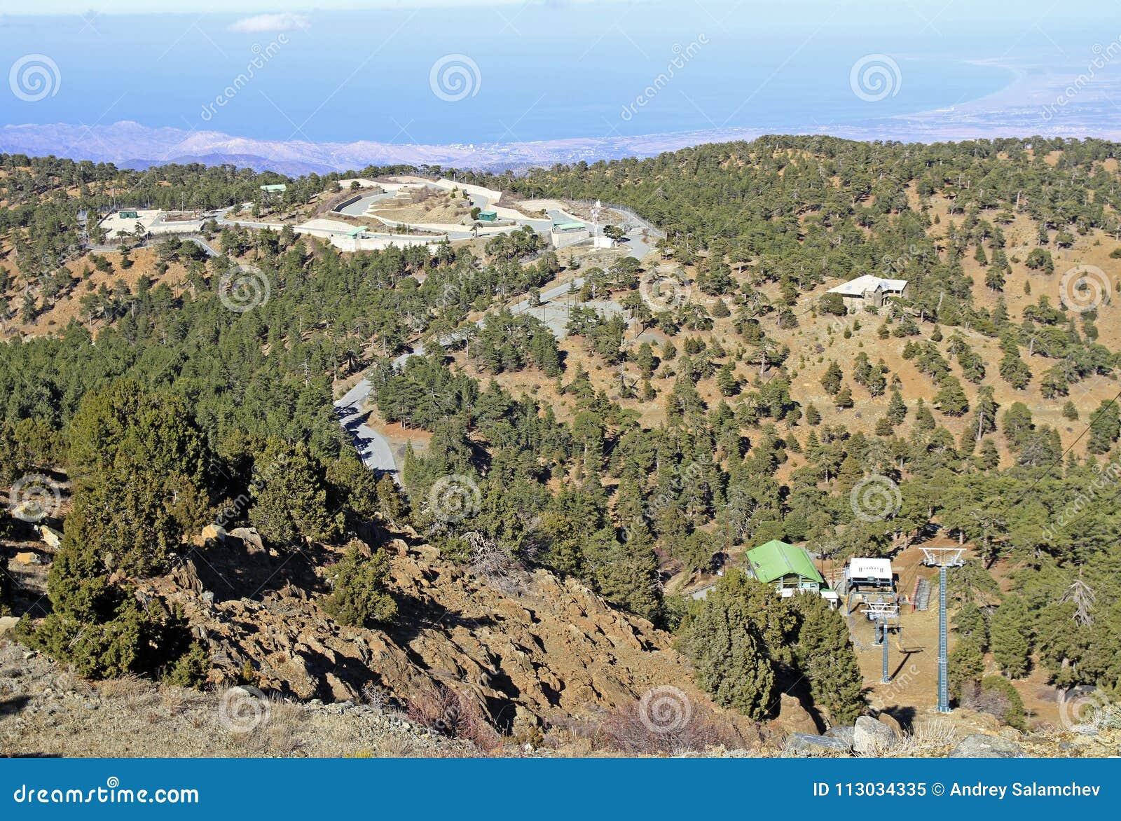 Visión desde el punto más alto en Chipre conocido como Chionistra