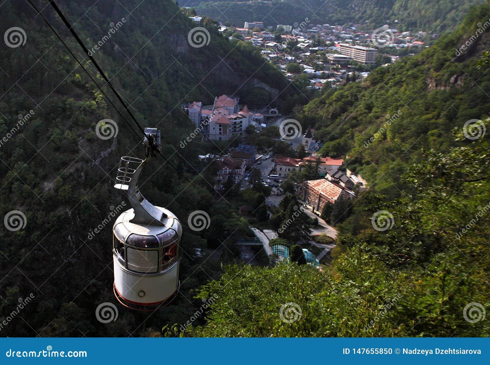 Visión desde el teleférico a Borjomi