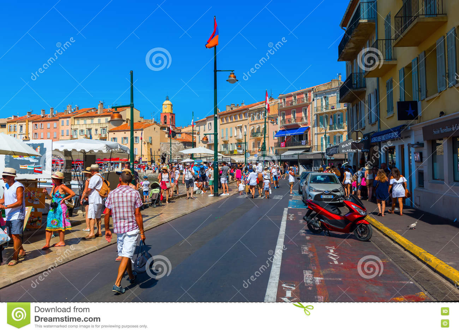 Visión en el puerto de Saint Tropez, Francia