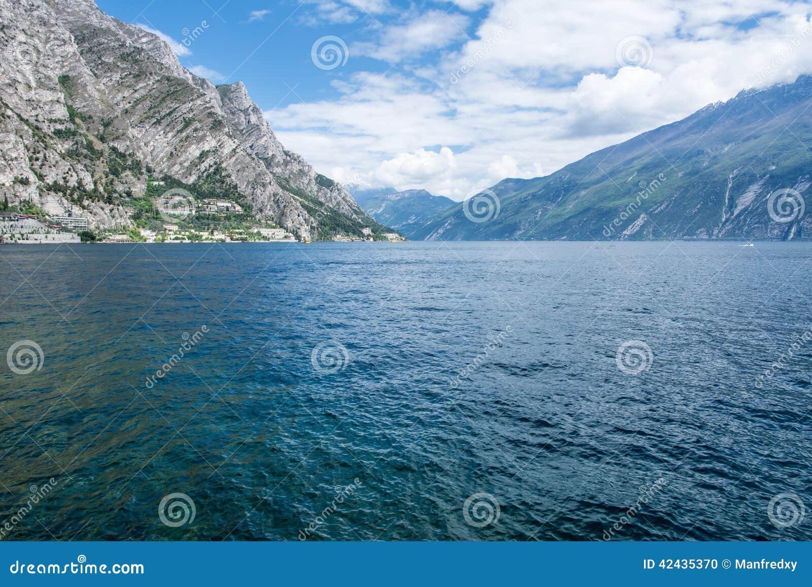 Visión sobre el lago Garda