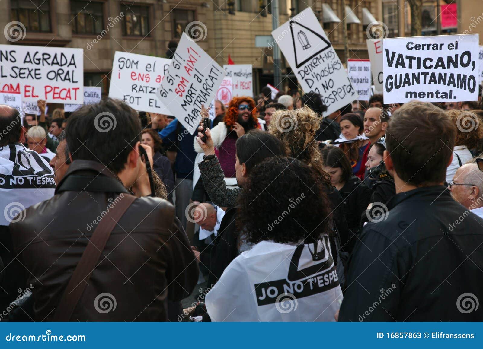 Visita do papa da demonstração, Barcelona
