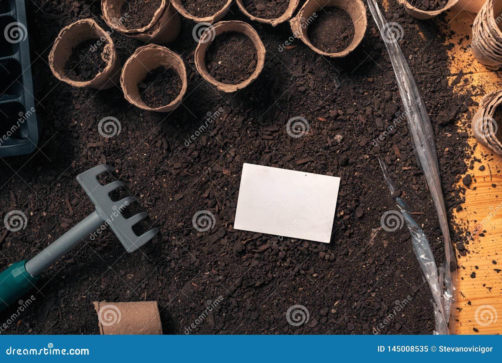 Visitenkartespott oben für organische Gartenarbeitund Landwirtschaftstätigkeit