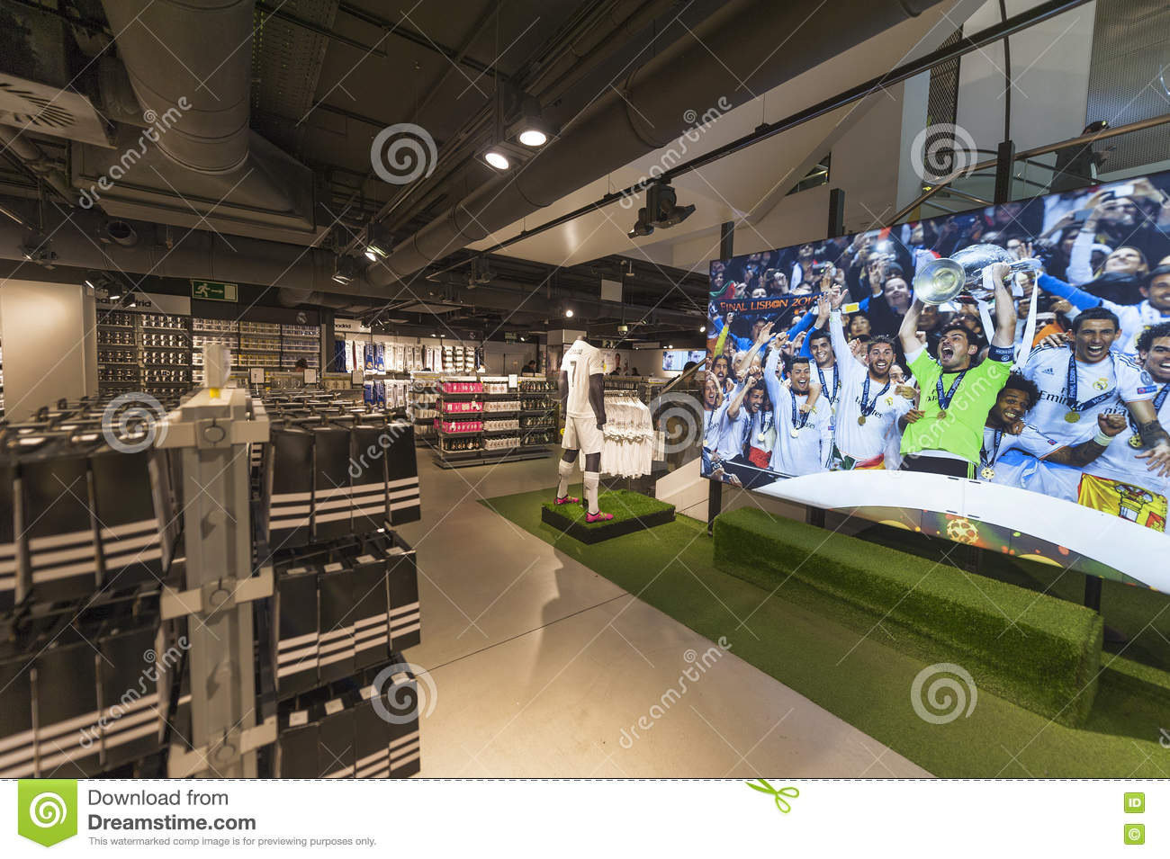low priced e6795 c91a9 Visiting FC Real Madrid Official Store Editorial Stock Image ...