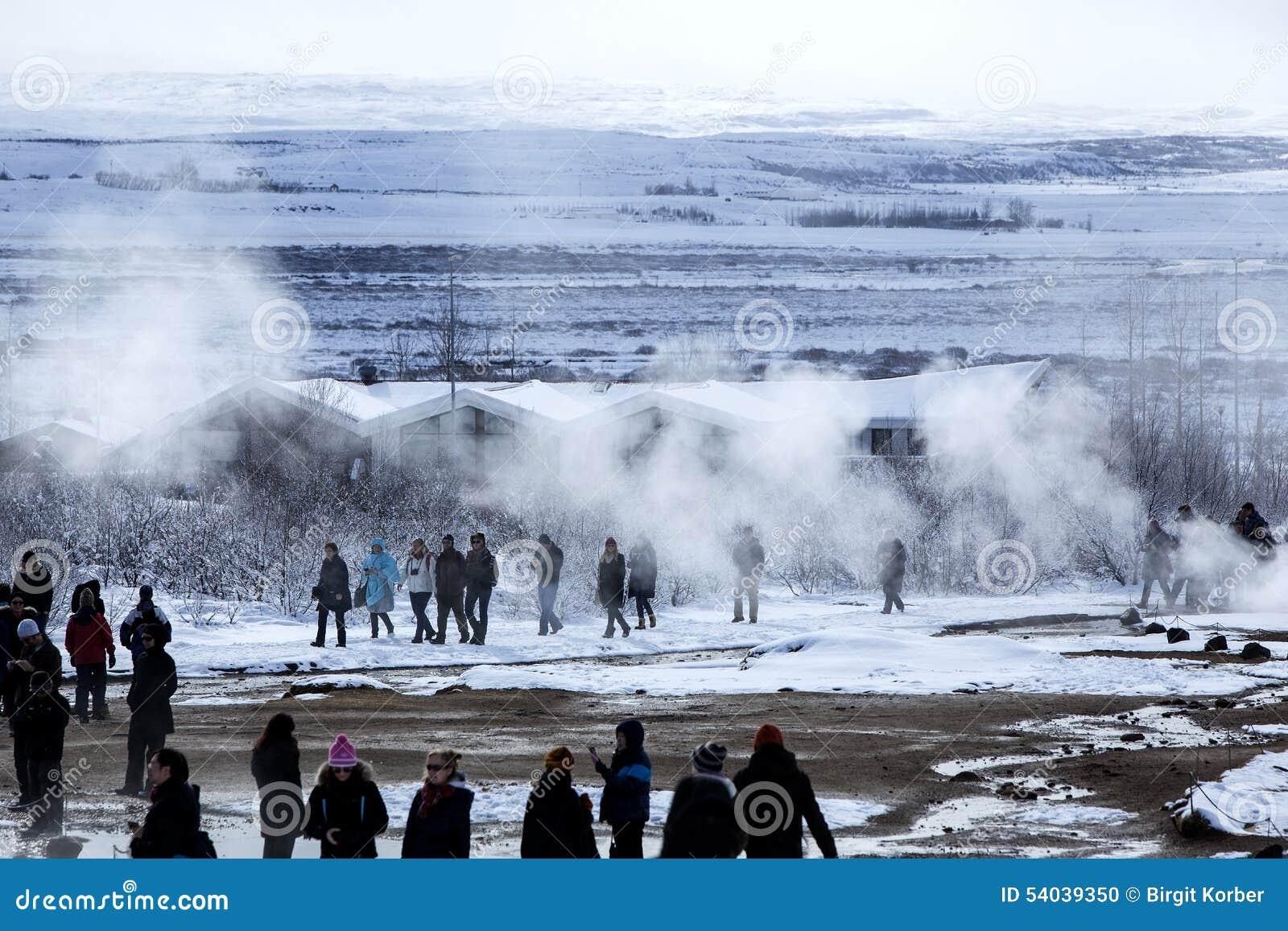 Plz I;d watching the geyser girls