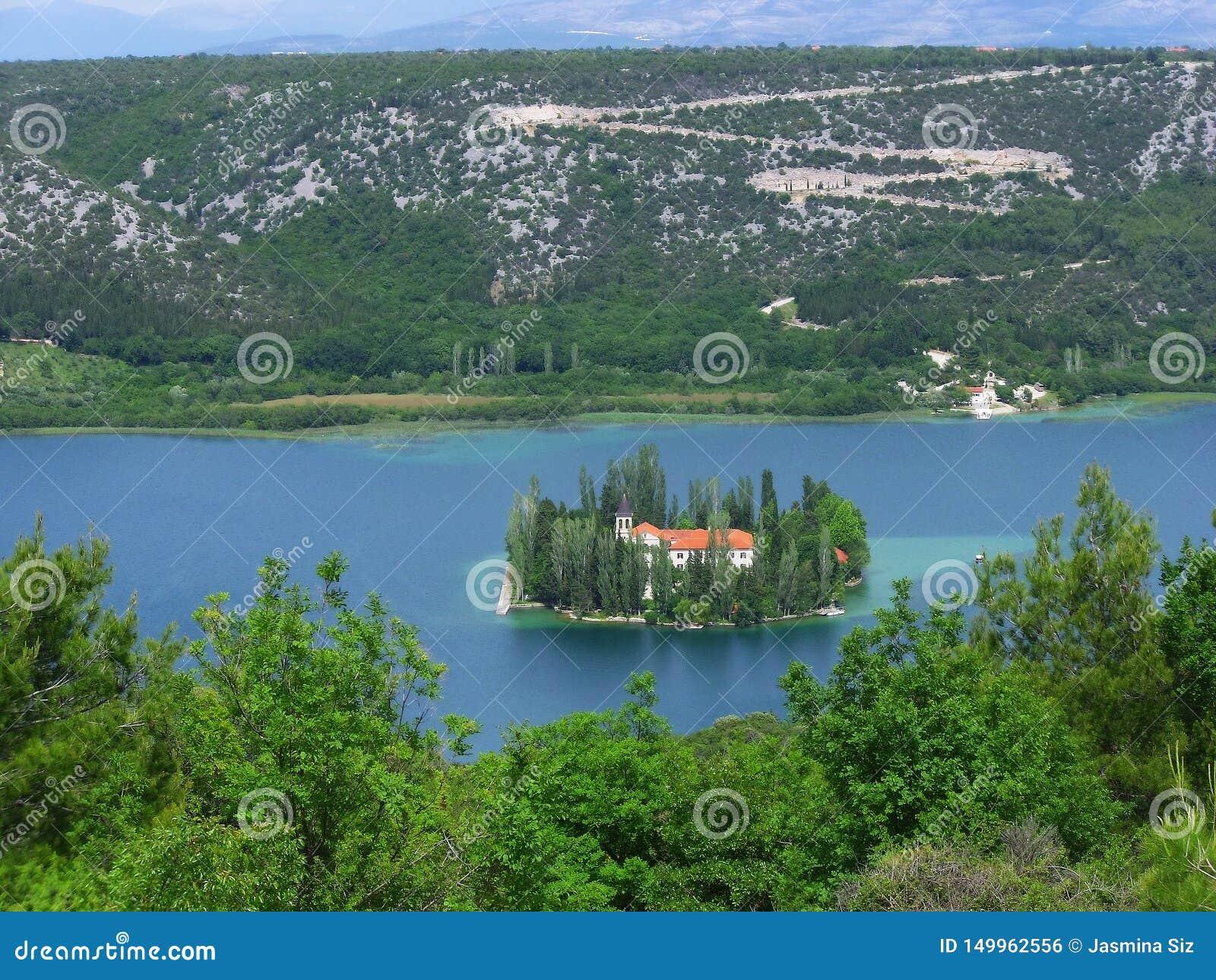 Visovac ö och kloster, Kroatien