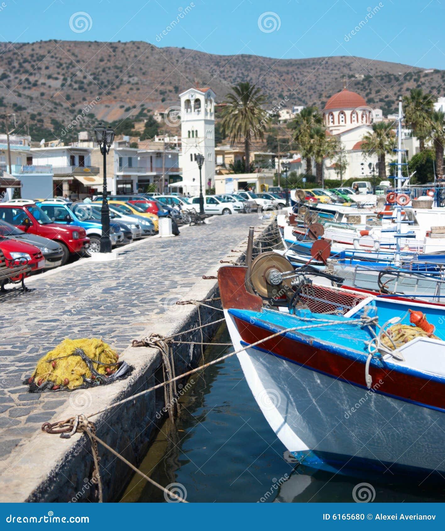 Vissers haven in het eiland van kreta stock foto afbeelding 6165680 - In het midden eiland grootte ...